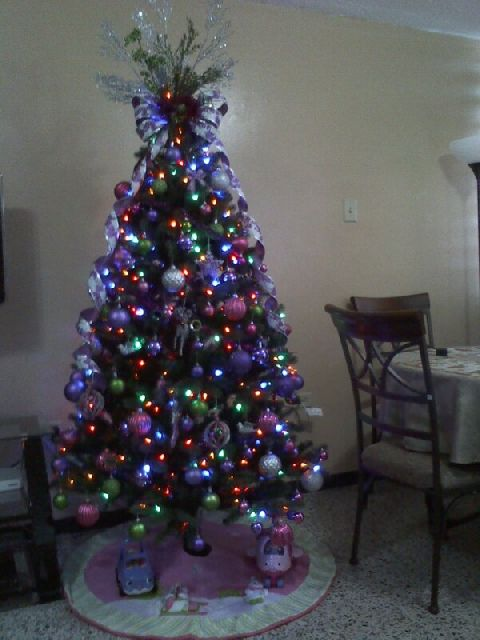 Linette 39 s christmas tree from san juan puerto rico for Acanthus decoration puerto rico