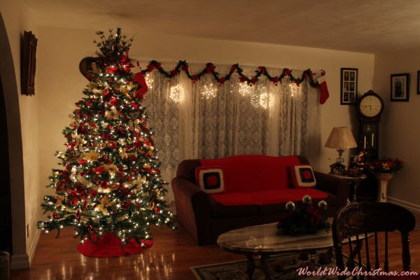 Traditional Christmas (Cambridge, ON, Canada)