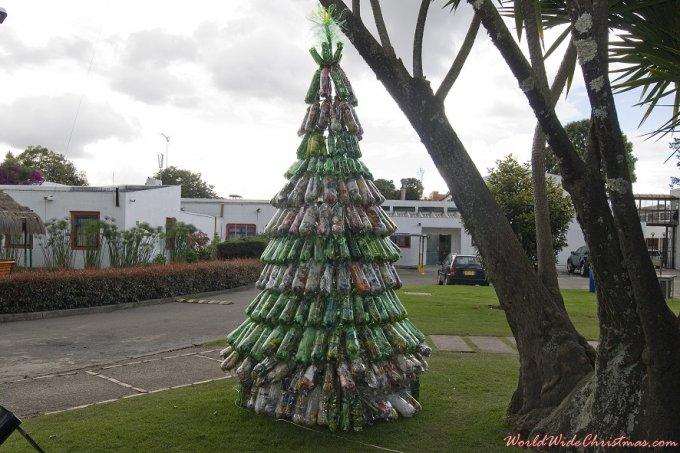 Arbol de Navidad Ecol�gico (Bogot�, Colombia)