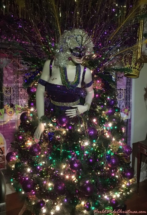 Roxie Mardi Gras Christmas  (Southampton, PA)