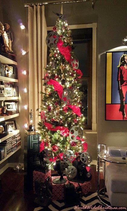 Chris\'s Oscar/movie themed tree (York, PA, USA)