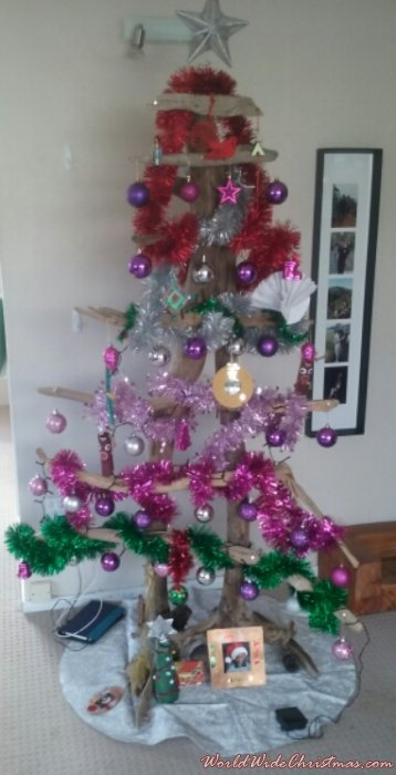 Kiwiana Tree made of Driftwood (New Zealand)