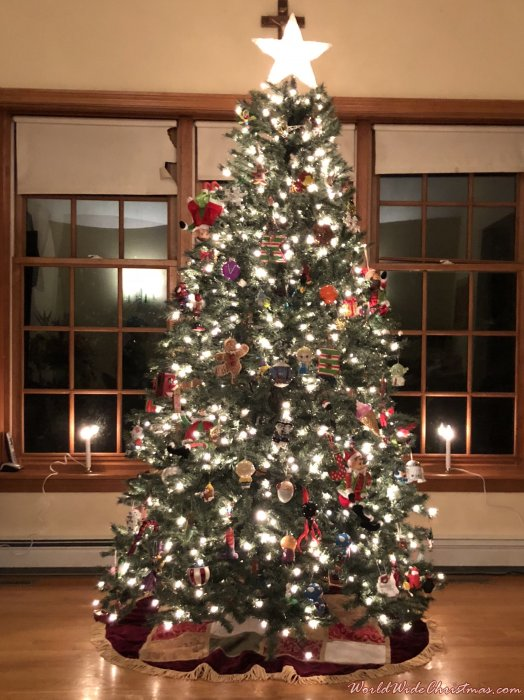 DuBeau Christmas Tree (Mansfield, Massachusetts, USA)