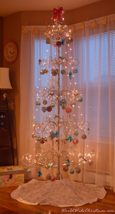 Cristmas ornament tree  (Canada)