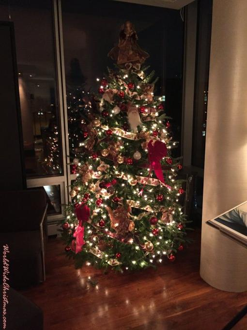 Chelsea Christmas Trer (New York City, NY, USA)