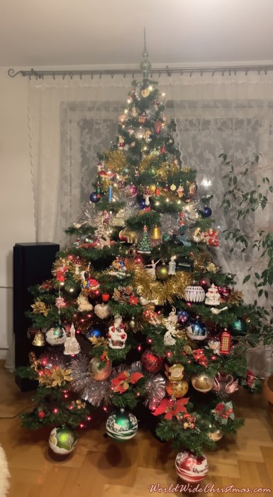 Traditional Christmas tree from Poland (Ostroleka, Poland)
